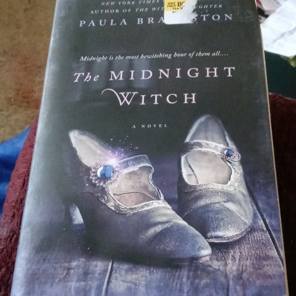 The Midnight Witch book